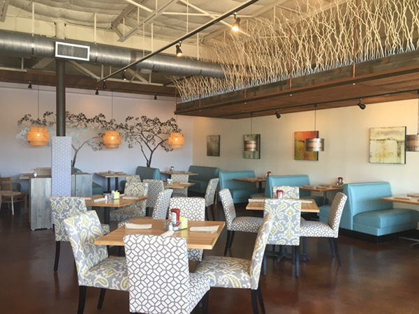 The interior at Dream Cafe in East Dallas. Very Hamptons-Zen. Photo by foodbitch.